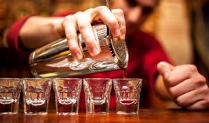 o que faz um bartender