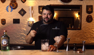 mixologista joão morandi ensina o preparo de drinks mexidos atrás do bar