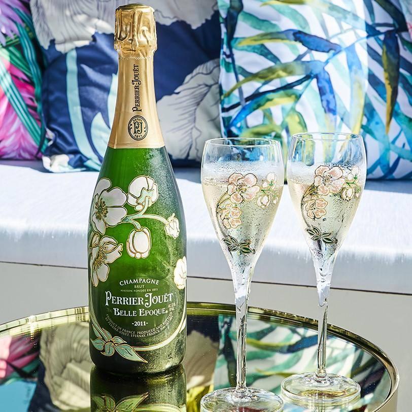garrafa de champagne perrier-jouet belle epoque e taças