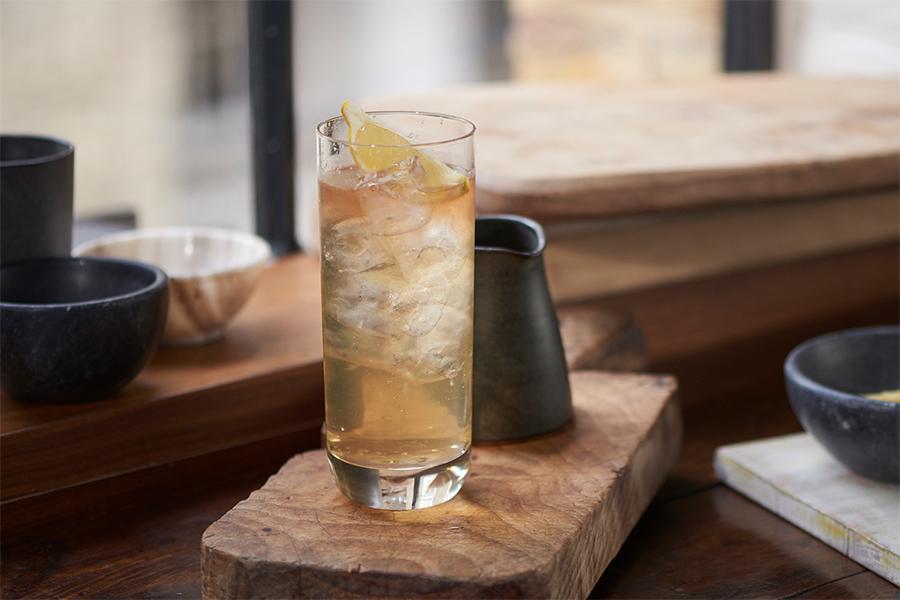 drink Ballantine's Zest