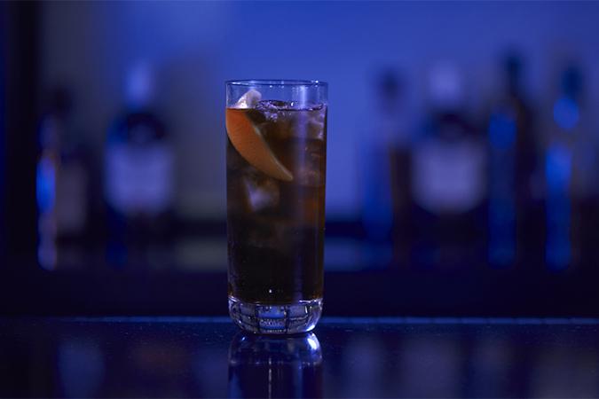 drink finest & cola
