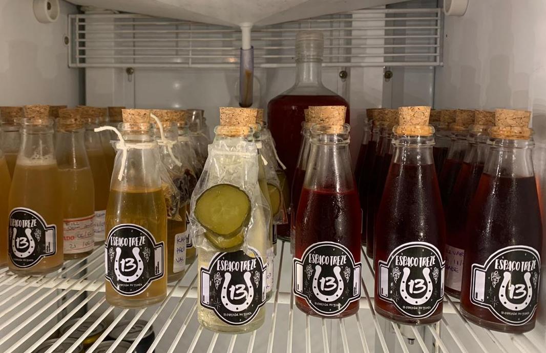drinks em geladeira para delivery do espaço 13