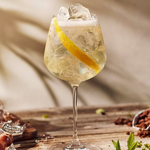 drink com beefeater london garden chamado cale st spritz