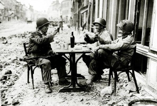 brinde entre soldados
