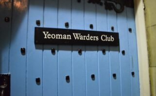 fachada do Yeoman Warders Club