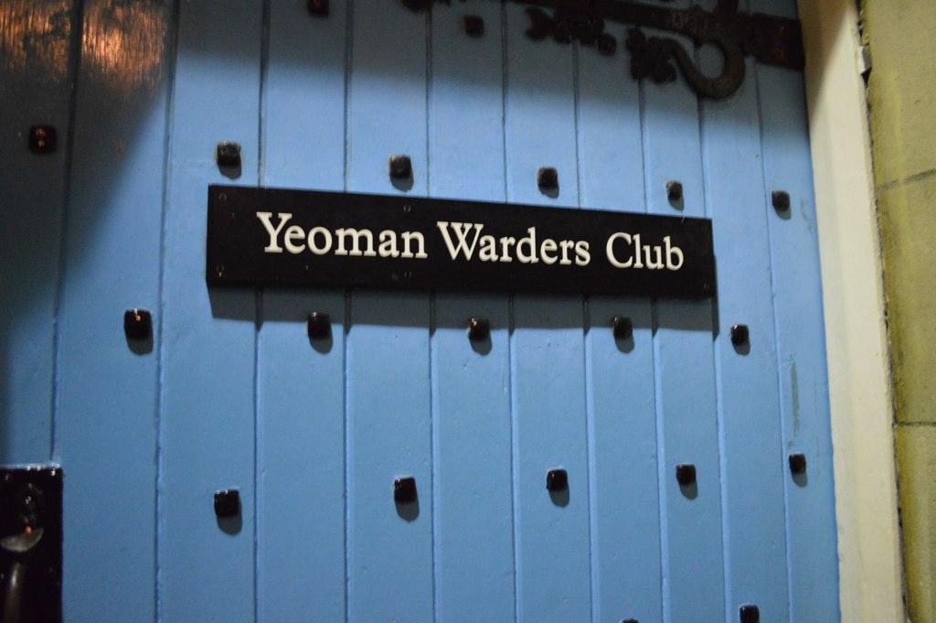 fachada do Yeoman Warders Club