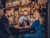 bartender preparando drinks por demanda