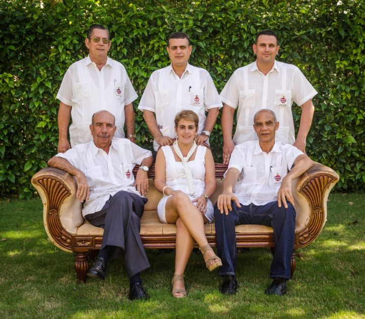 maestros de rum em cuba